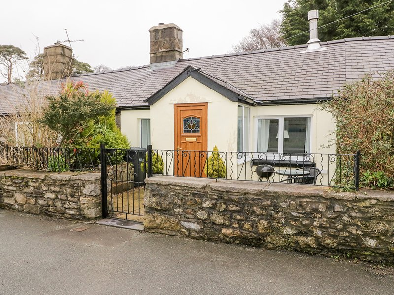 2 Tyn Lon Cottages, Beaumaris, location de vacances à Penmon