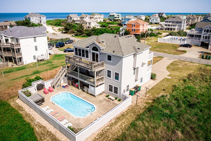 Oceans 10 | 249 ft from the beach | Private Pool, Hot Tub | Corolla, location de vacances à Corolle