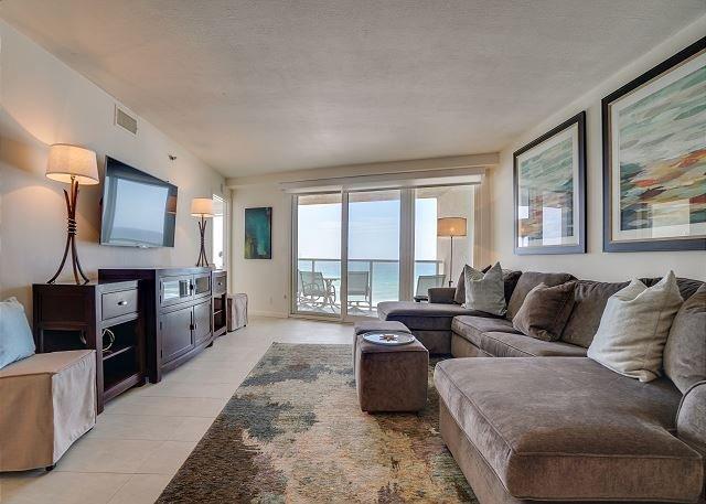 Beachside II 4291 Living Room
