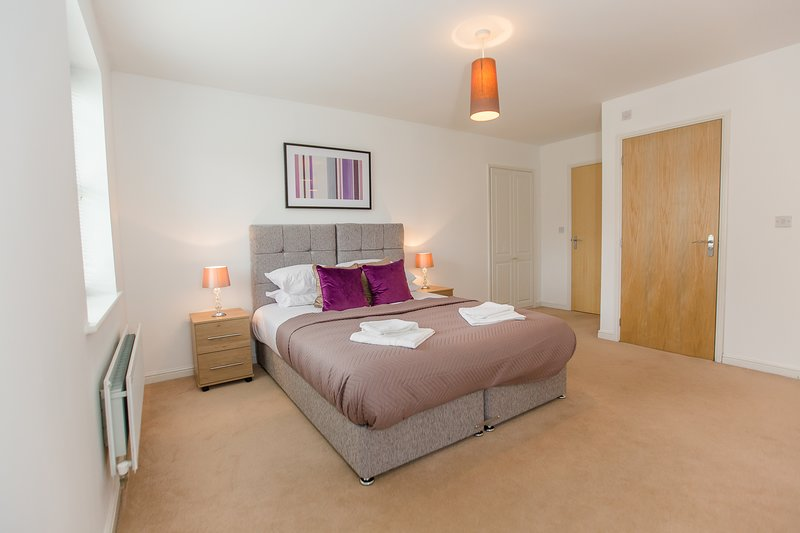 Serenity Stays Birch Apartment- A lovely 2 bed, 2 bath apartment, holiday rental in Birch