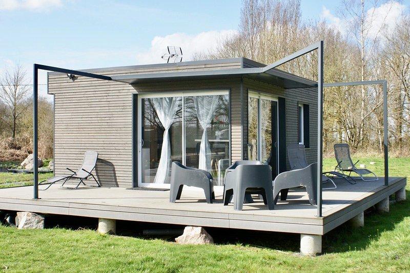 Cottage tout confort au milieu des chevaux, vacation rental in Sainte-Colombe-sur-Loing