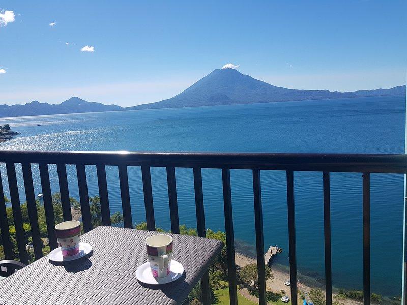 Apartamento privado en Hotel Riviera de atitlan, the paradise of Atitlán suites, location de vacances à Lake Atitlan