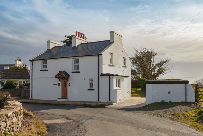 The White House, vacation rental in Castletown