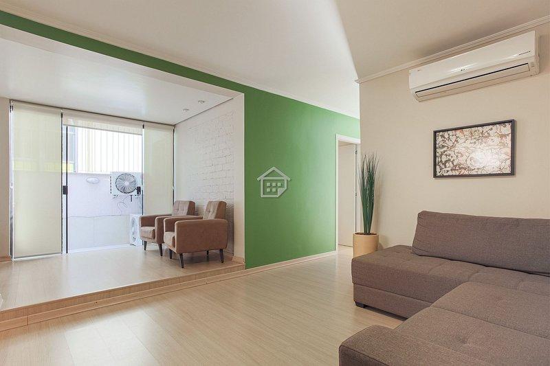 O melhor apartamento em frente ao Parcão, holiday rental in Viamao