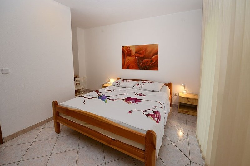 Holiday home 163156 - Holiday apartment 164128, vacation rental in Stancija Vodopija