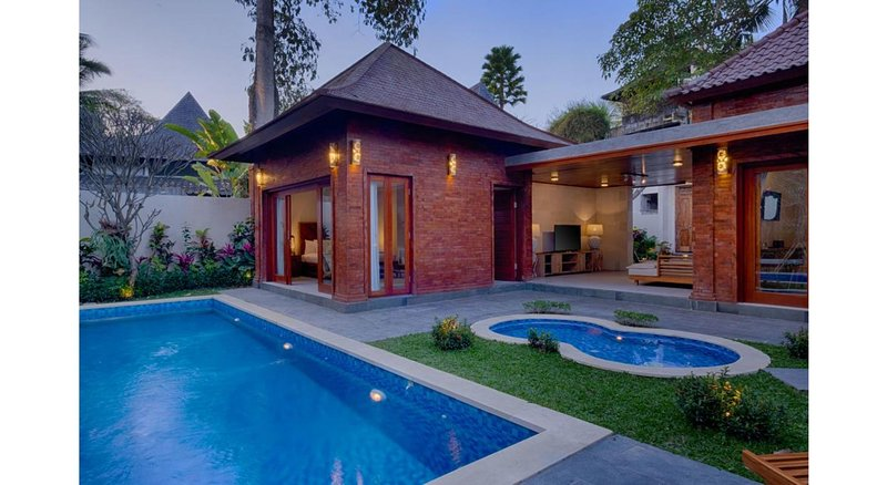 2 BR Private Pool Villa - Breakfast W/Lovely Staff      KKm57, location de vacances à Mas