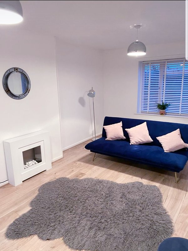 Stylish 3 Bedroom house - Free Parking + Great Location, holiday rental in Nottingham