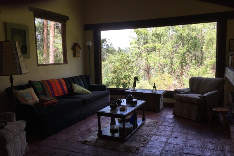 Farm in a remote location overlooking the mountains, holiday rental in Nemocon