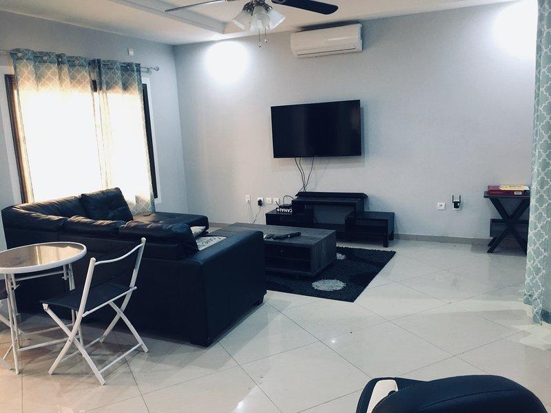 Appartement sécurisé avec accès wifi (internet)peut convenir à toutes personnes, location de vacances à Lome