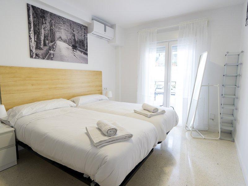RentalSevilla Teodosius Grand Home, holiday rental in La Campana