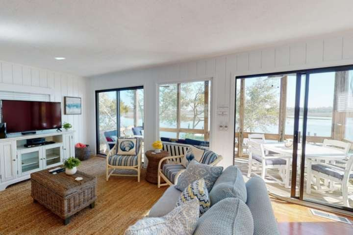 There is plenty of natural light with 2 sliding glass doors in the main room with easy access to the large deck