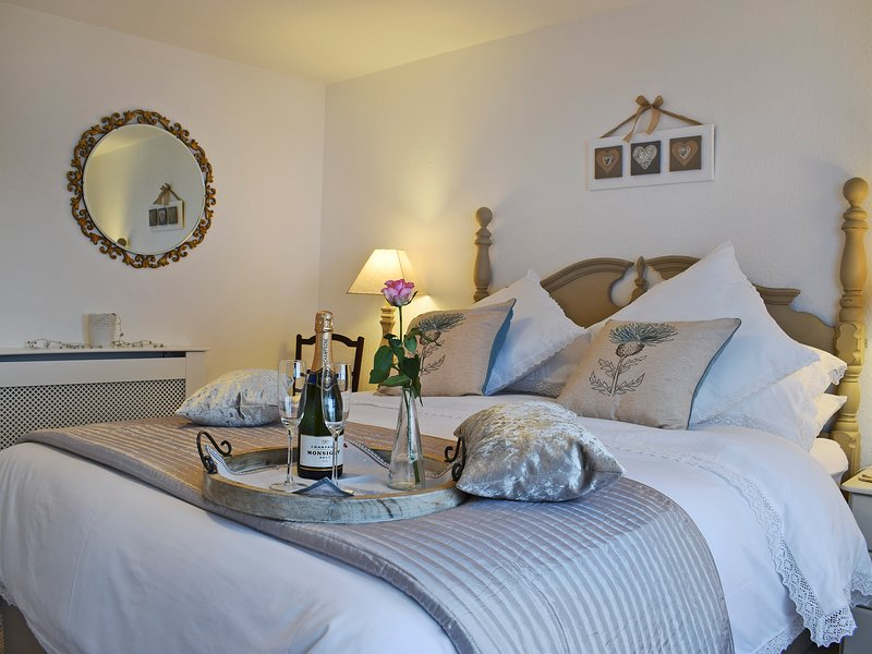 Thistle Cottage, holiday rental in Crieff