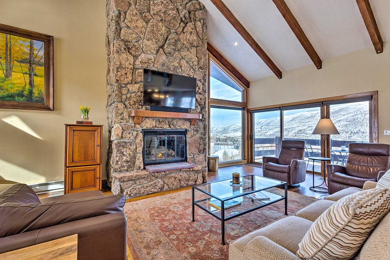 Family Home: 2½ Mi to Beaver Creek, 5 Mi to Vail, vacation rental in Eagle-Vail