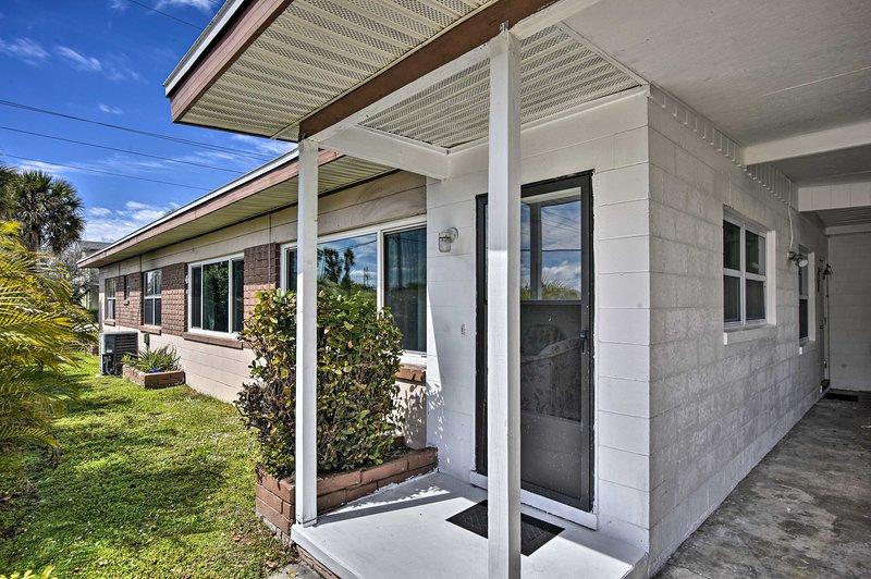 NEW! Cocoa Beach Home: Walk to Ocean + Attractions, vacation rental in Merritt Island
