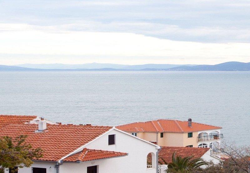 Filip A3-3A(2+3) - Okrug Gornji, vacation rental in Gornji Seget
