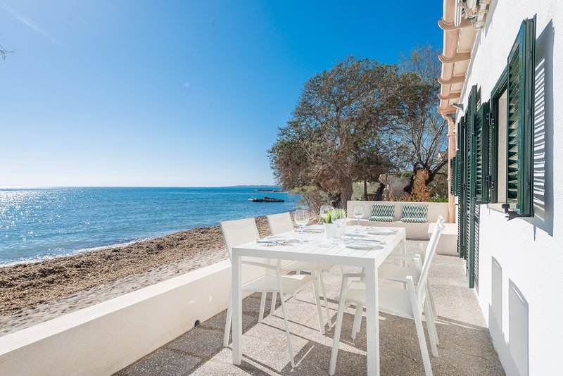 PORT NOU (TORRENT) - Chalet for 6 people in Cala Bona, vacation rental in Costa De Los Pinos