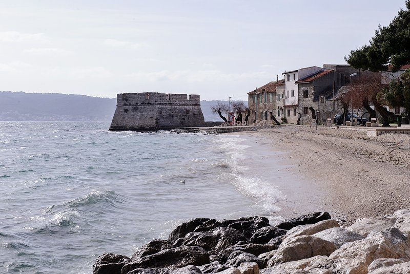 Holiday home Old house - Four Bedroom Holiday Home, holiday rental in Kastel Stafilic