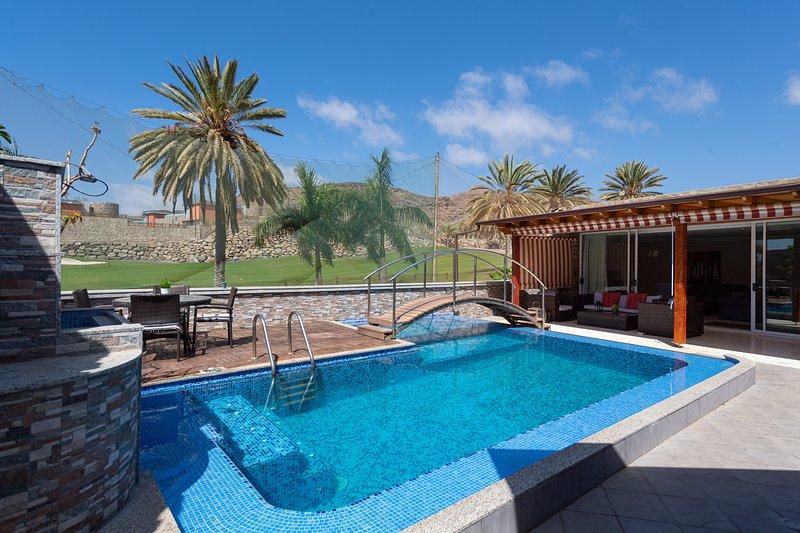 VILLA VENECIA, vacation rental in La Playa de Tauro