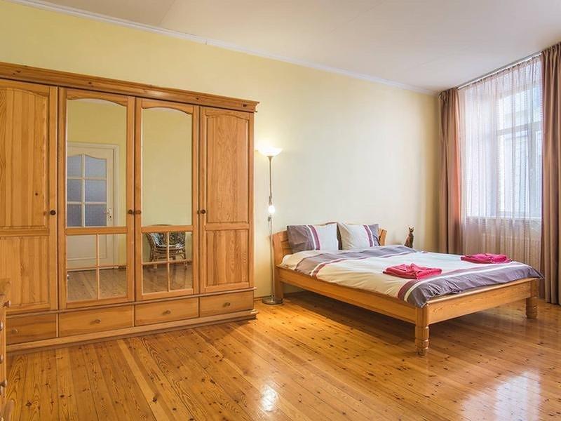 Riga Old City - 4 Bedroom Apartment, location de vacances à Riga