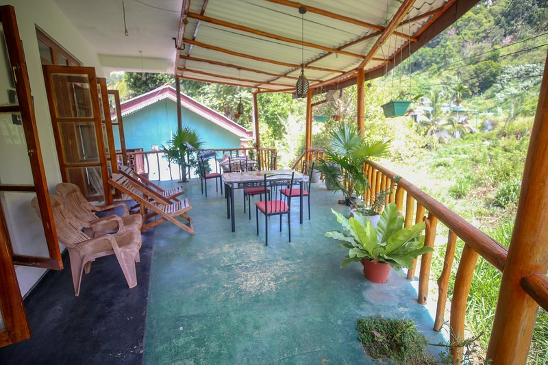 Neverbeen to Serenity Home, vacation rental in Passara