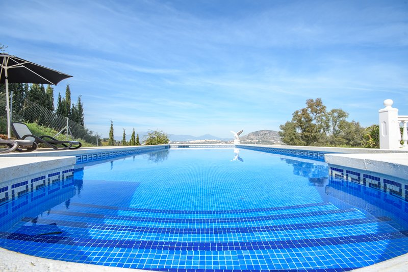 Sun Seeker Villa, holiday rental in Alhaurin el Grande