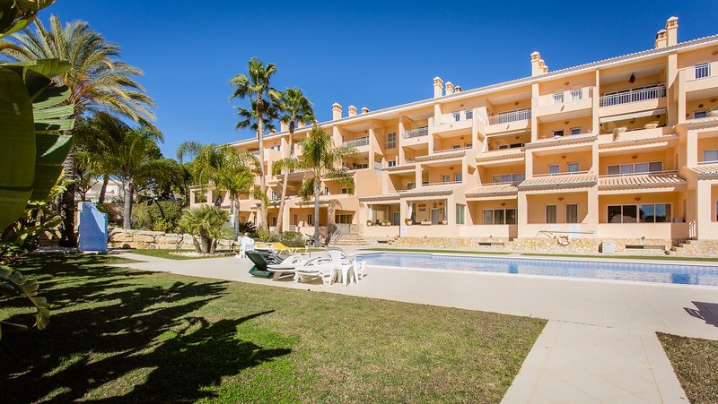 Casa Do Mar, holiday rental in Vale do Garrao