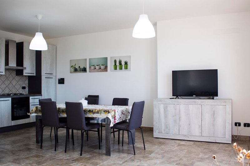 IPU2902 House Flora, holiday rental in Vignacastrisi