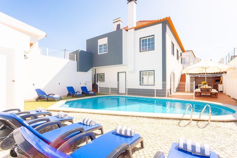 Villa Sol e Mar - New!, alquiler vacacional en Charneca da Caparica