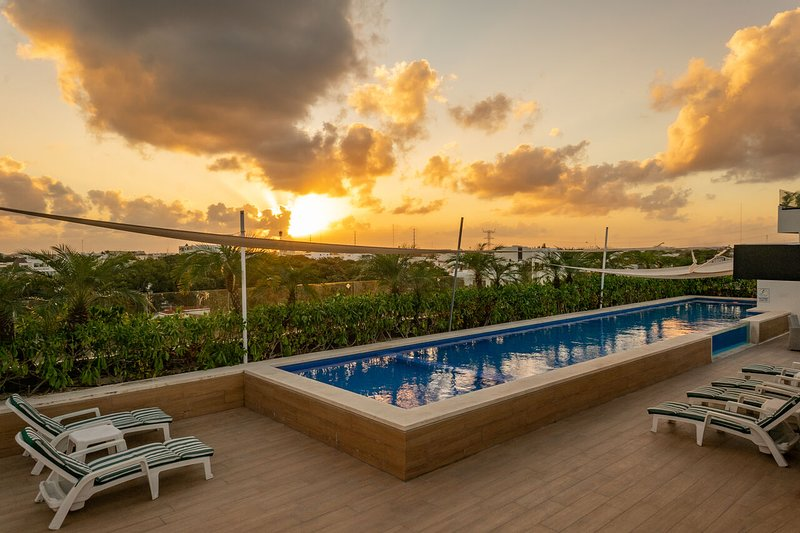 Opal 402 ➸ Reliable 20+Mbps optic fiber apartment near beach, holiday rental in Solidaridad