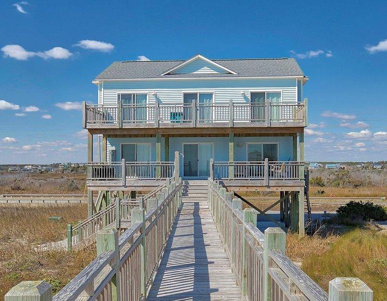 New River Inlet Rd 1198 Oceanfront! | Internet, Dune Deck, location de vacances à North Topsail Beach