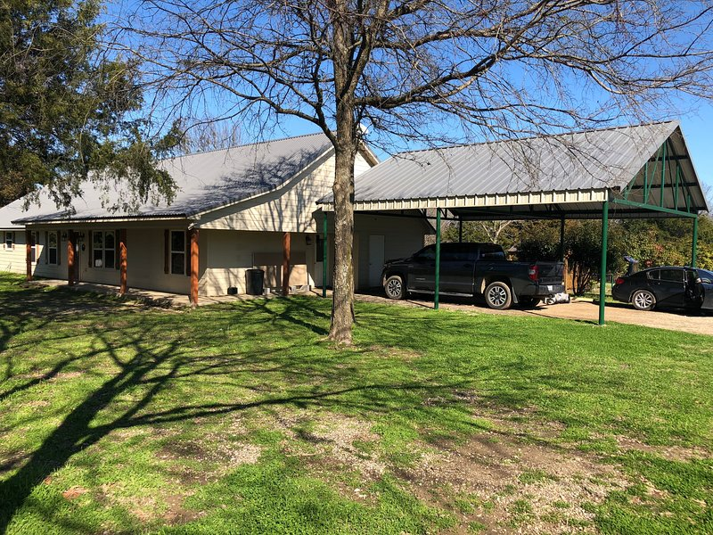 Little Creek Ranch, casa vacanza a Emory