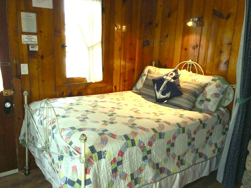 Ludington Cottage- Sleeps 4, aluguéis de temporada em Ludington
