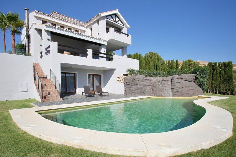 VILLA SOFIA GOLF 15 MIN PUERTO BANUS, vacation rental in Cancelada