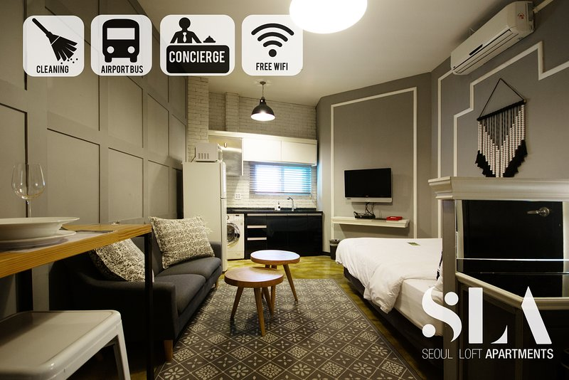 ★SLA★ 01. Stylish Studio Apt | DDP | SNUH | SKKU | Monthly rentals available, holiday rental in South Korea