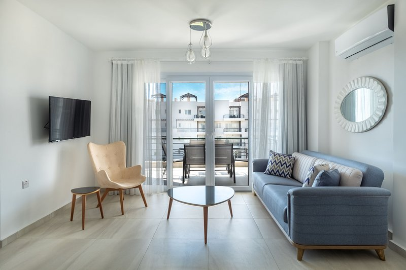 Papaya Apartment with Sea View, alquiler vacacional en Yeni Erenkoy