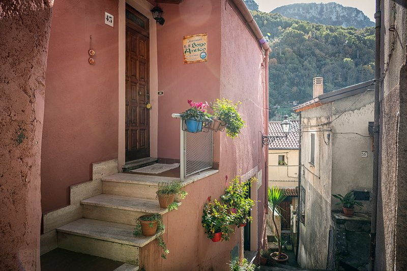 B&B Borgo Antico, holiday rental in Castelluccio Superiore