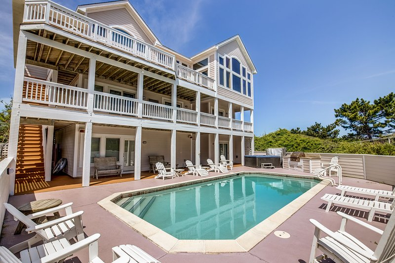 The Little Mermaid | 75 ft from the beach | Private Pool, Hot Tub | Corolla, alquiler de vacaciones en Grandy