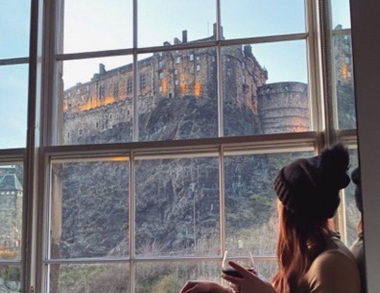 Grassmarket, Castle Heights, Stunning Views, vacation rental in Edinburgh
