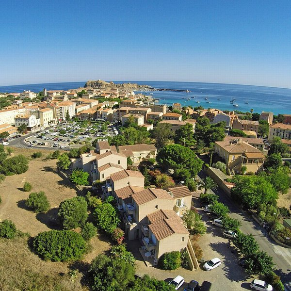 Ile Rousse lodging, with balcony, air conditioning,village walking distance, casa vacanza a Ile Rousse