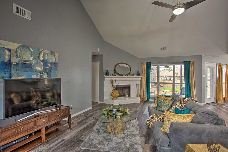 Book your next Dallas vacation to this newly renovated home!