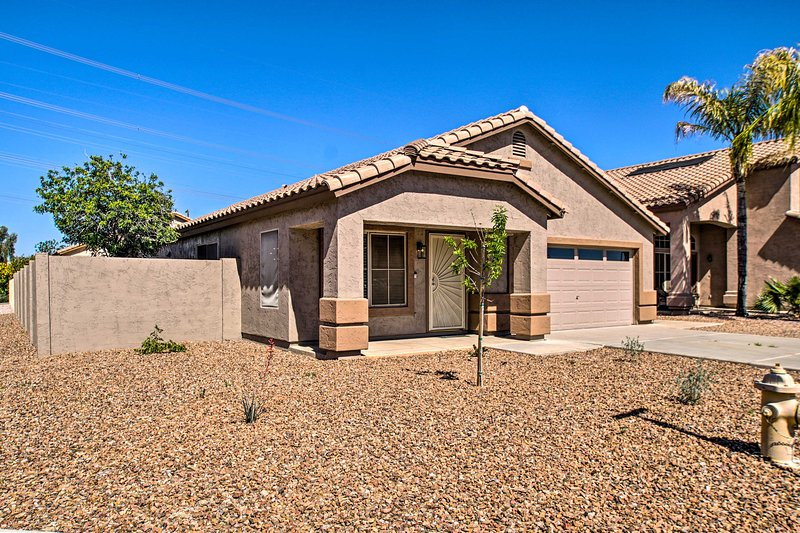 You'll enjoy staying in this quiet and ideally located neighborhood.