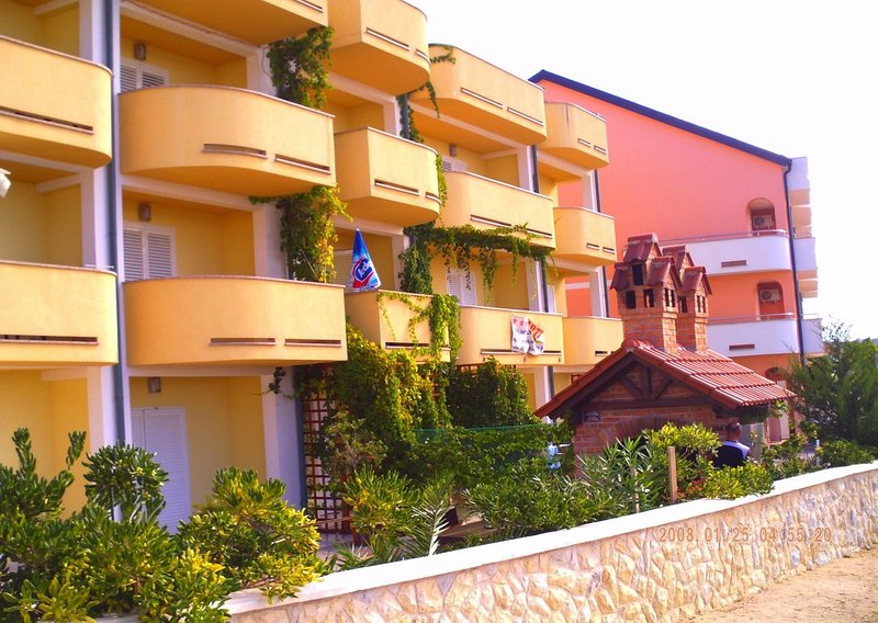 Super A7 Goga(4+2) - Povljana, holiday rental in Island of Pag