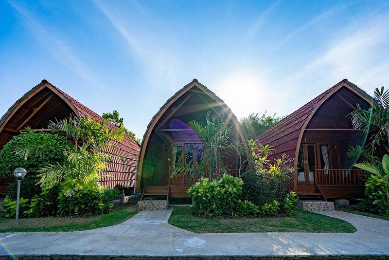 Nusa Lembongan 10 adult Soggol, holiday rental in Nusa Lembongan