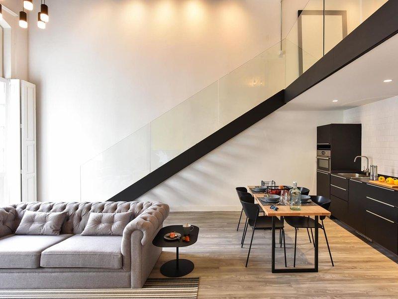 Luxury Flat Ana OFF TRIANA, aluguéis de temporada em Pino Santo