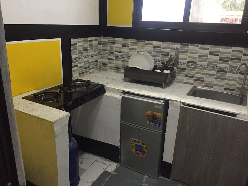 résidence meublée the boss 2, alquiler vacacional en Abidjan