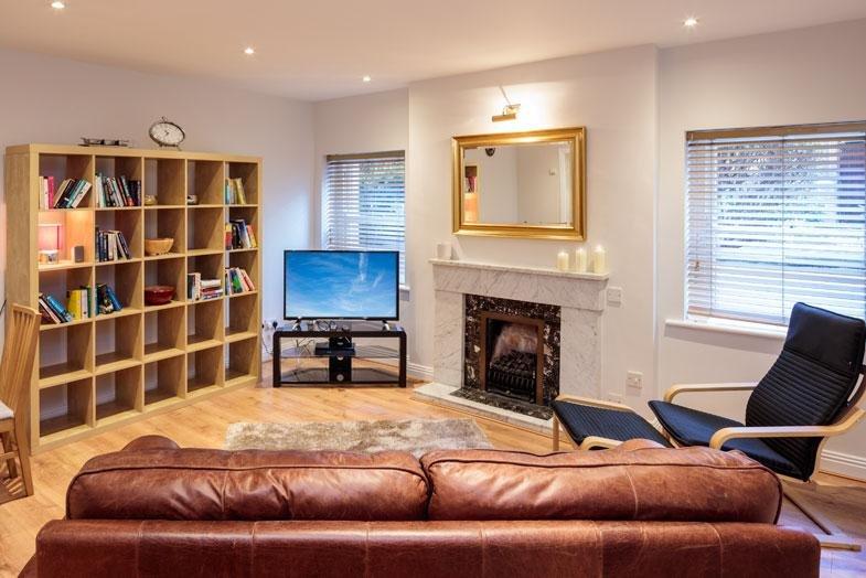 DONNYBROOK & BALLSBRIDGE-COMFORTABLE 1BR-1BA APT, location de vacances à Rathfarnham