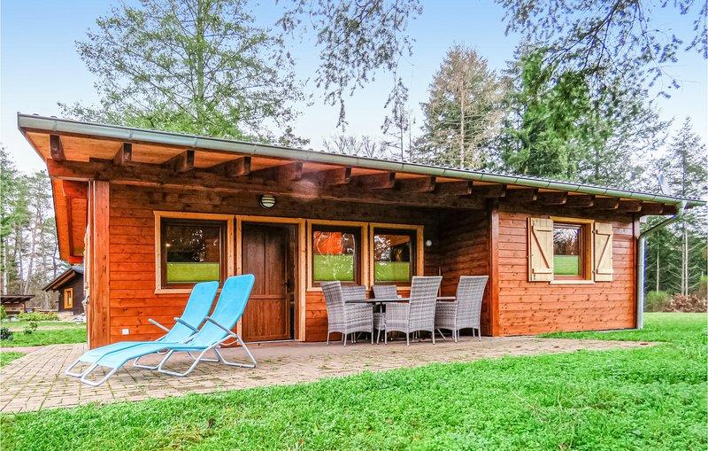 Stunning home in Merzalben with Sauna, WiFi and 2 Bedrooms (DPW103), location de vacances à Rodalben