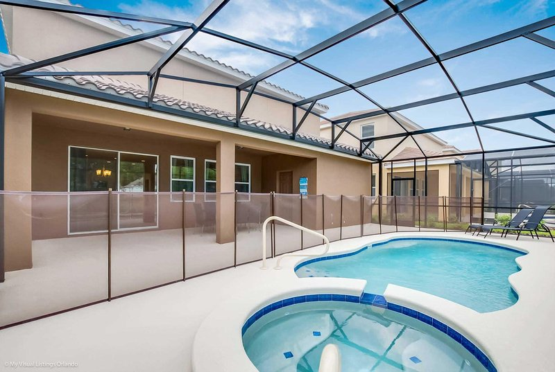 Games room with Table Tennis & Air Hockey., vacation rental in Apopka