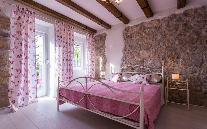 Holiday home 191682 - Holiday home for sole use 230394, casa vacanza a Milohnici