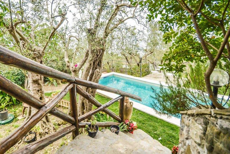 Tradional Italian villa on hillside. Great house!, holiday rental in Marciano